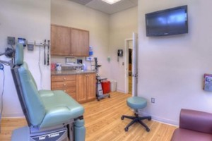 Emergency Physicians Medical Center Patient Room